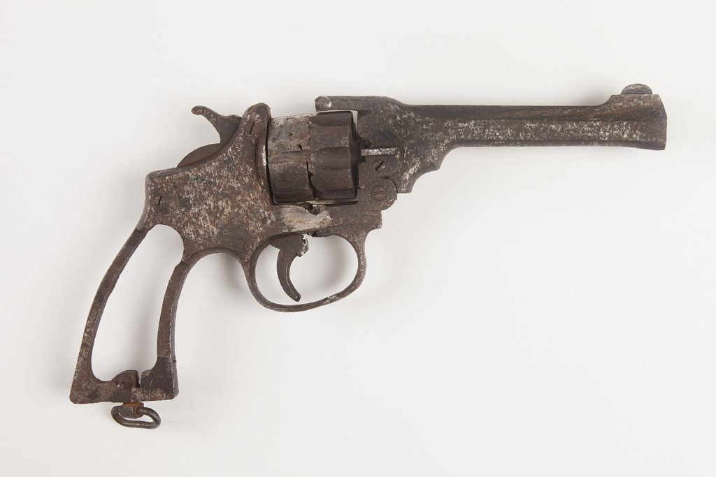 Swanzy Gun 2