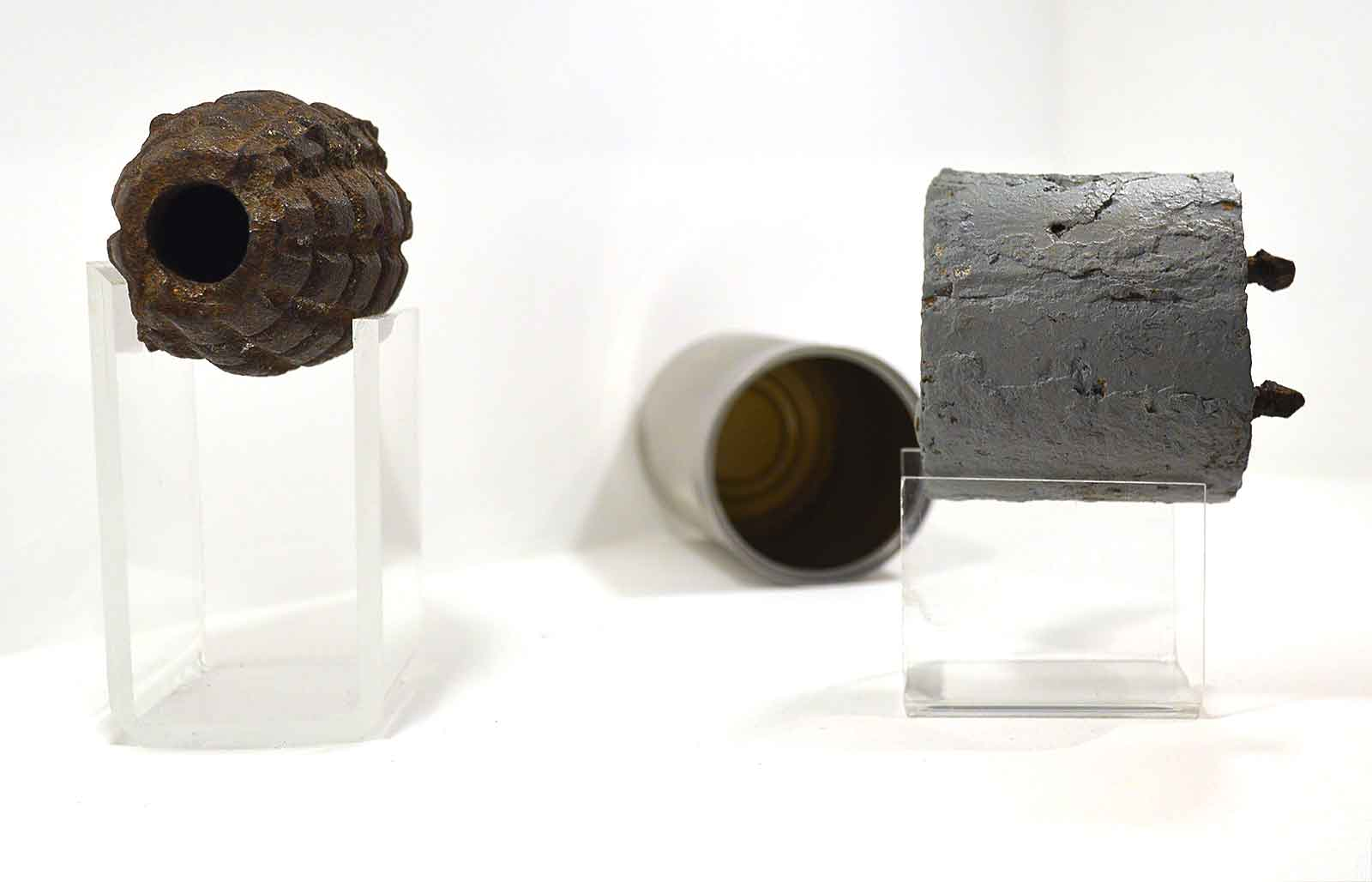 War-of-Independence-Era-Grenade-and-Home-made-Bomb